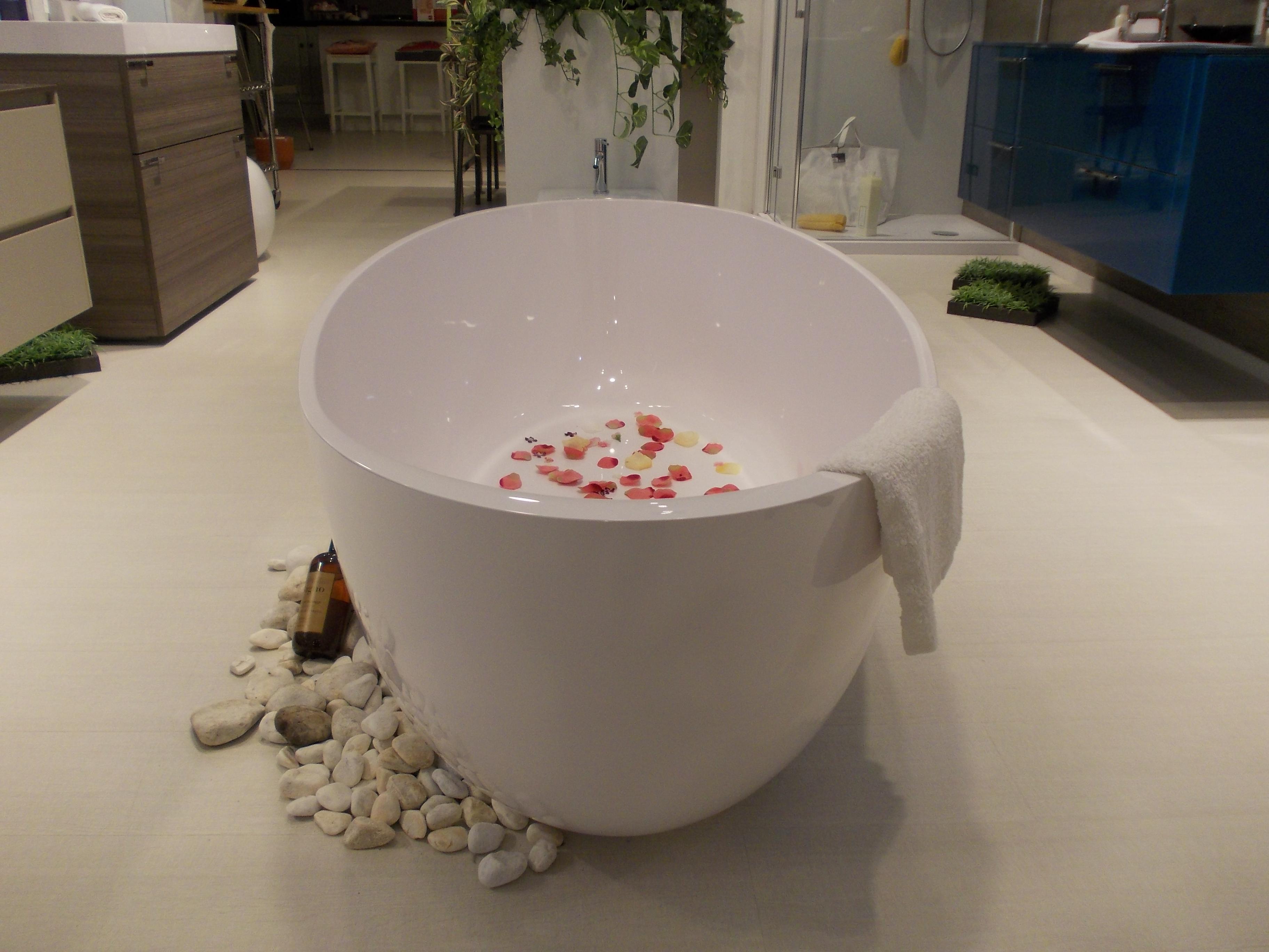 Vasca Da Bagno Kami Scavolini : Vasca da bagno scavolini mobilinino