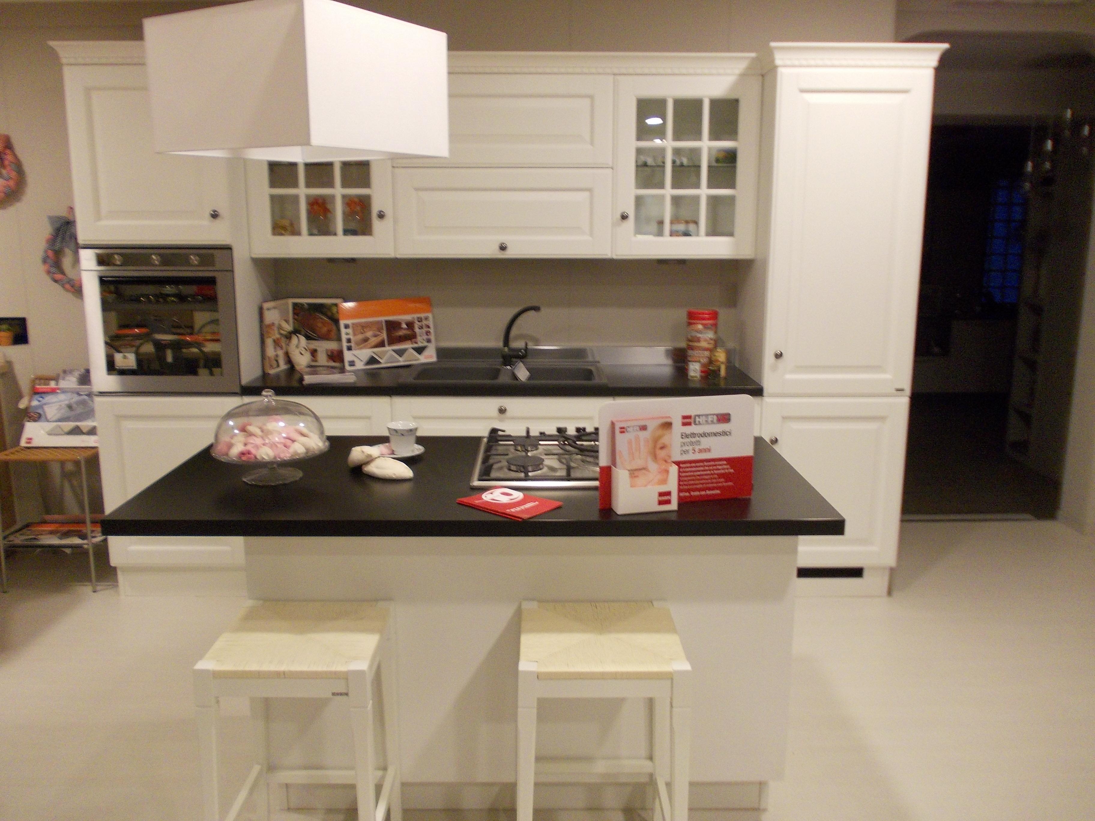 Cucina con isola Baltimora di Scavolini - mobilinino.it